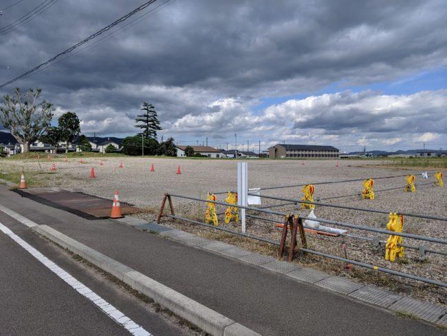 福島蚕糸跡地駐車場